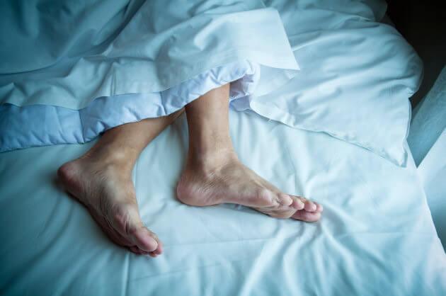 Uykuda bacak kırampları